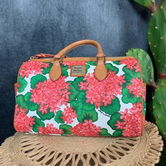 Dooney & Bourke Handbags - 🌵Dooney & Bourke Pink Hydrangea Floral Satchel